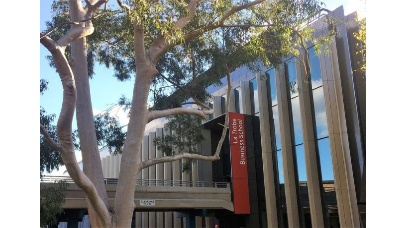 la-trobe-business-school-melbourne-victoria-big-1