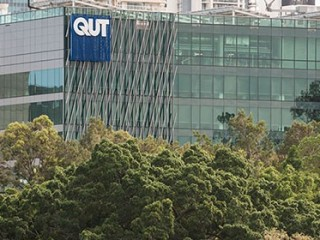 GRADUATE SCHOOL OF BUSINESS, QUEENSLAND UNIVERSITY OF TECHNOLOGY - [QUT-BUSINESS SCHOOL], BRISBANE, QUEENSLAND